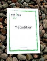 Metodikhäftet till musikteorispelet NOT o TON innehåller beskrivningar på hur du kan använda dig av korten i de olika kortlekarna. Det memoryinspirerade musikteorispelet NOT o TON är utvecklat av Kit Gunnarsson, musiklärare och grundare av företaget NOT o TON.